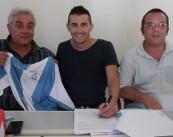 Vincenzo Catalano firma il contratto con il Comprensorio Montalto